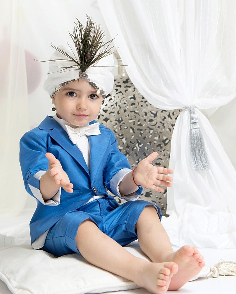 costum-elegant-matase-baiat-albastru