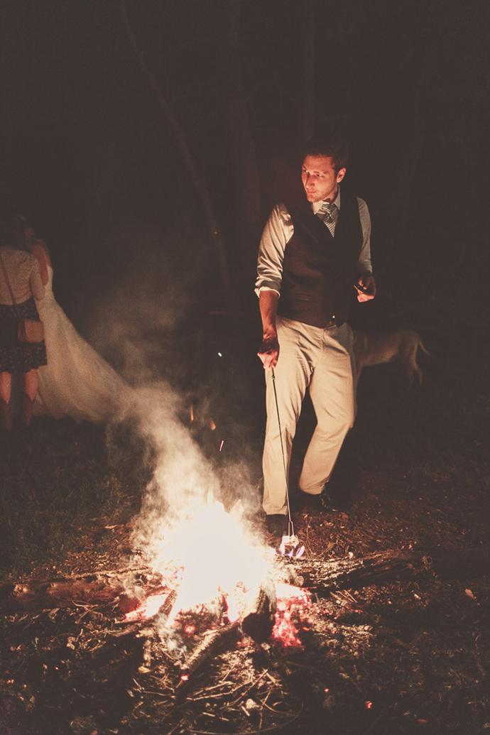 foc de tabara-nunta in gradina (9)