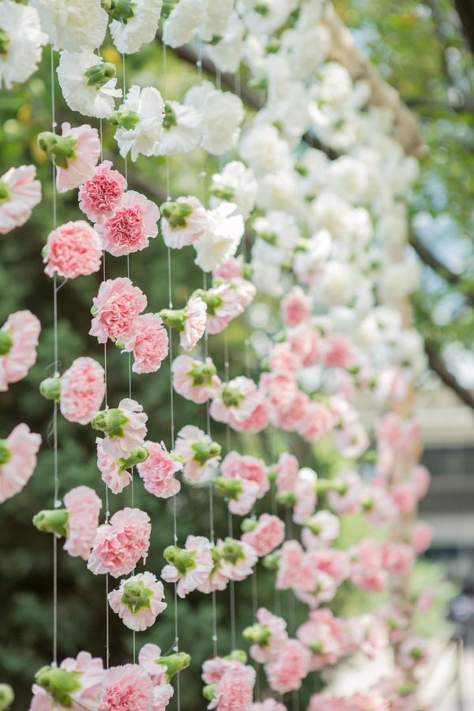 perdea de flori-nunta in gradina (1)