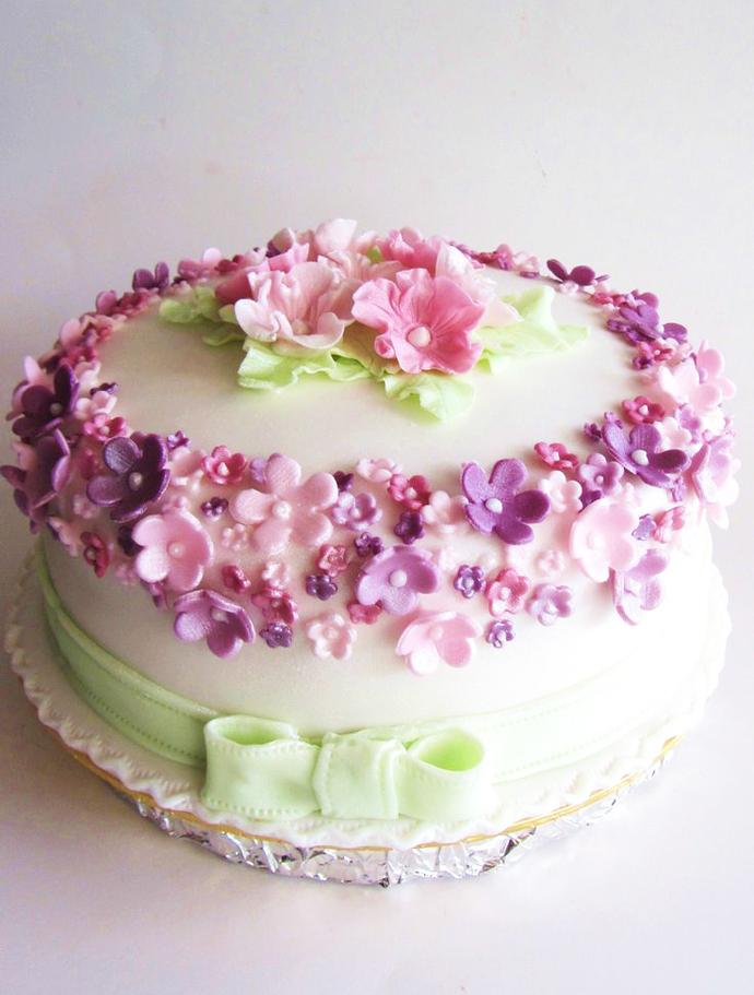 tort colorat cu flori (2)