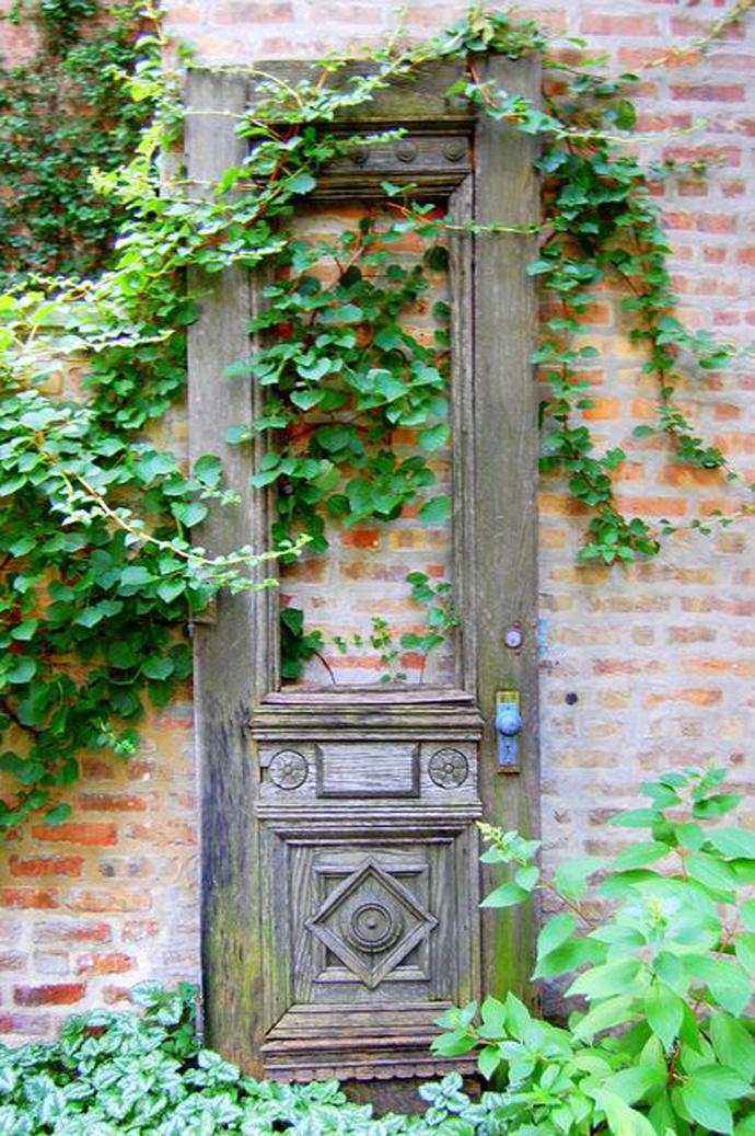 recycled doors- nunta in gradina (2)