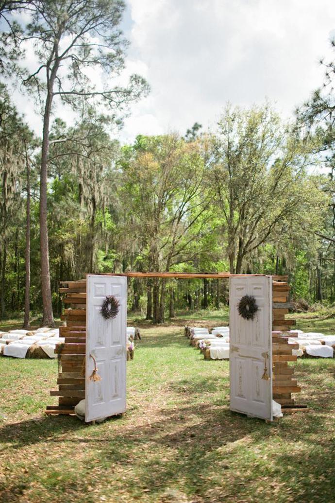 recycled doors- nunta in gradina (20)