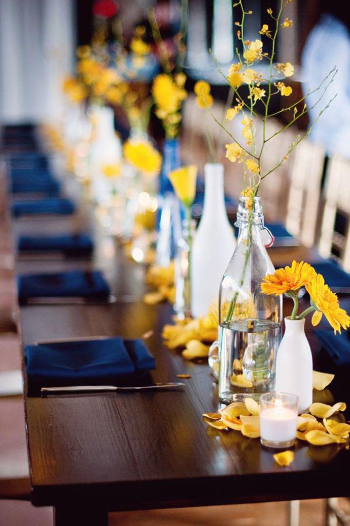 galben albastru nunta in gradina (24)