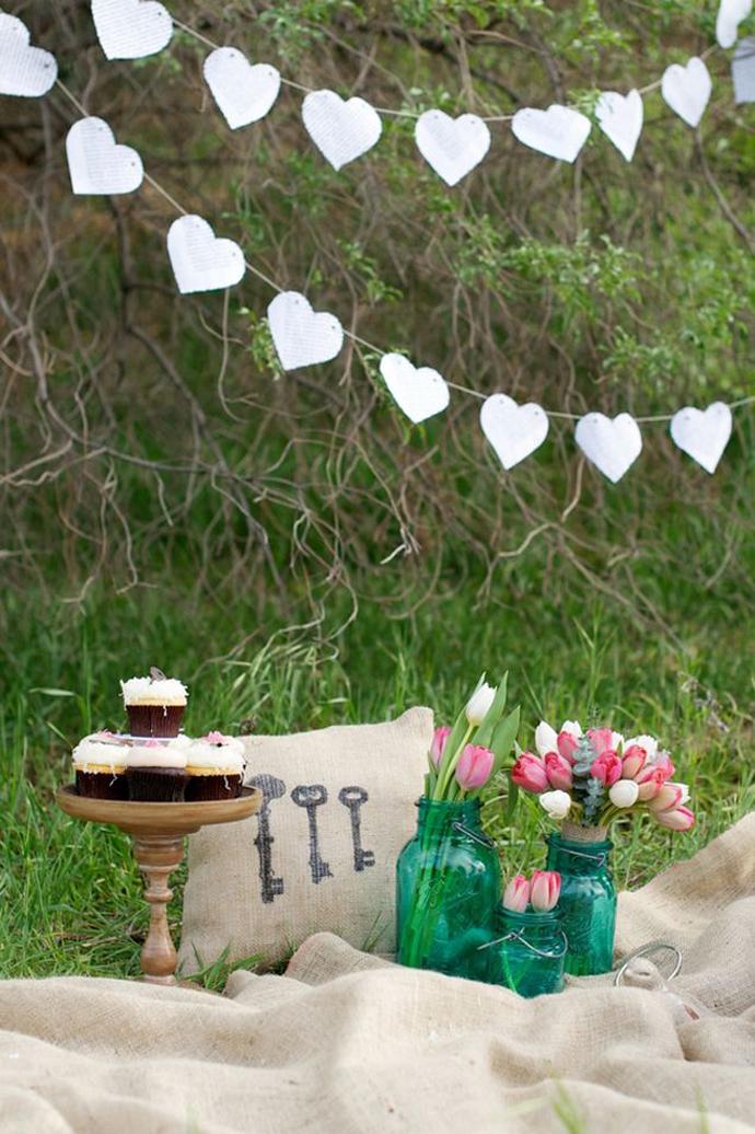 inimi de hartie-nunta in gradina (19)
