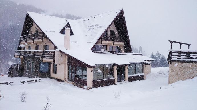 Taverna_Pietrei_Craiului_nuntaingradina (23)