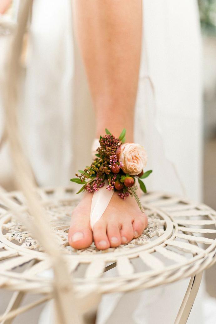 coliere din flori -nunta in gradina (13)