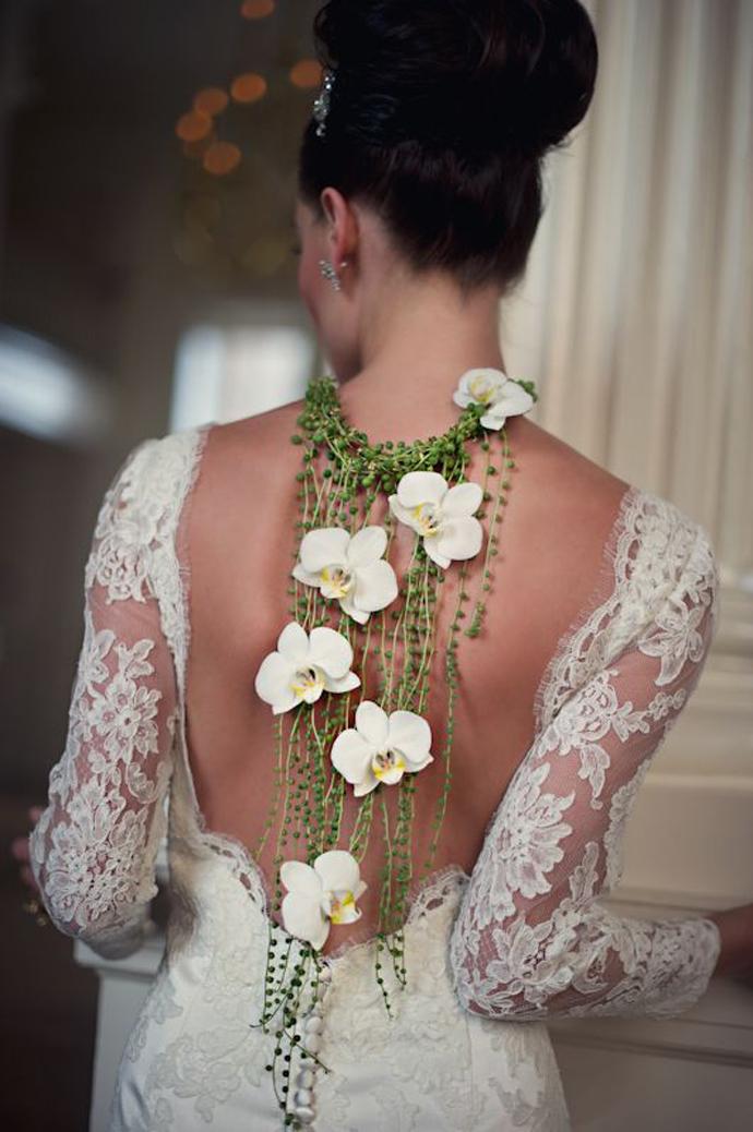 coliere din flori -nunta in gradina (15)