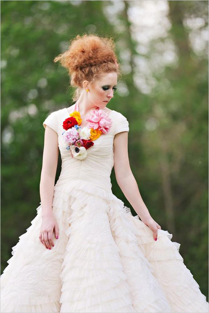 coliere din flori -nunta in gradina (18)