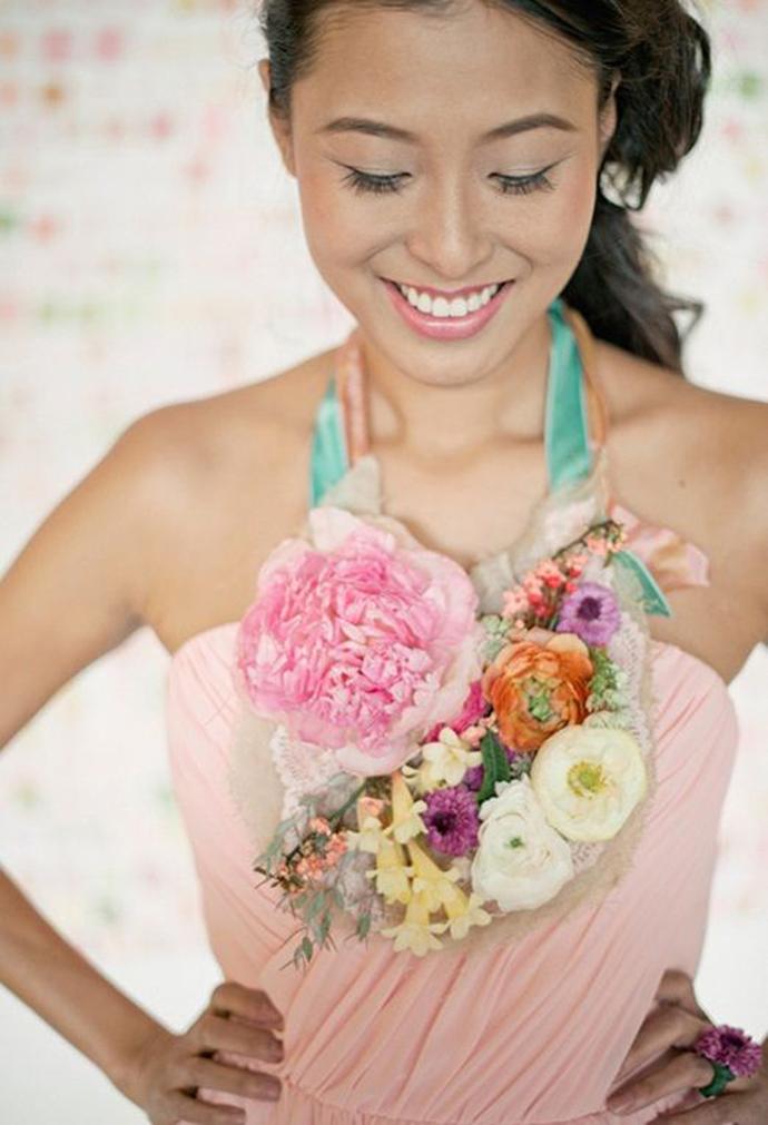 coliere din flori -nunta in gradina (2)
