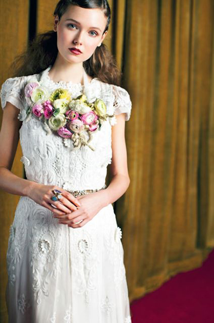 coliere din flori -nunta in gradina (3)