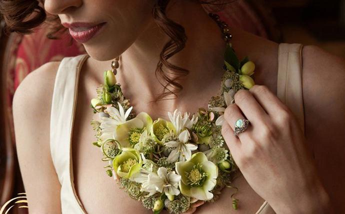 coliere din flori -nunta in gradina (4)