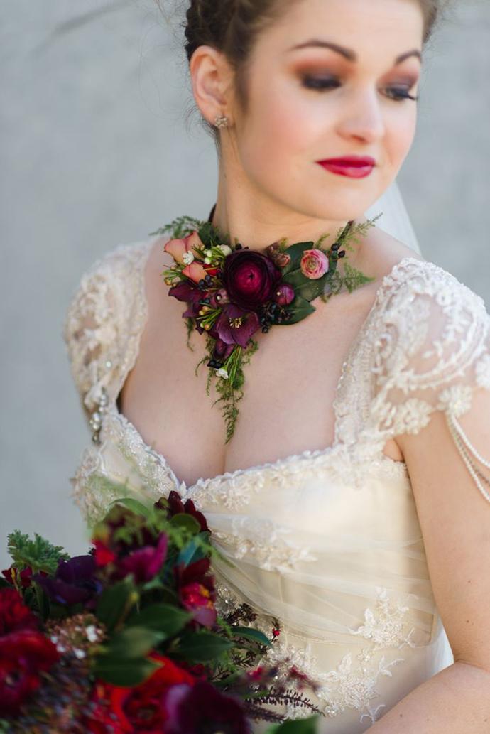 coliere din flori -nunta in gradina (6)