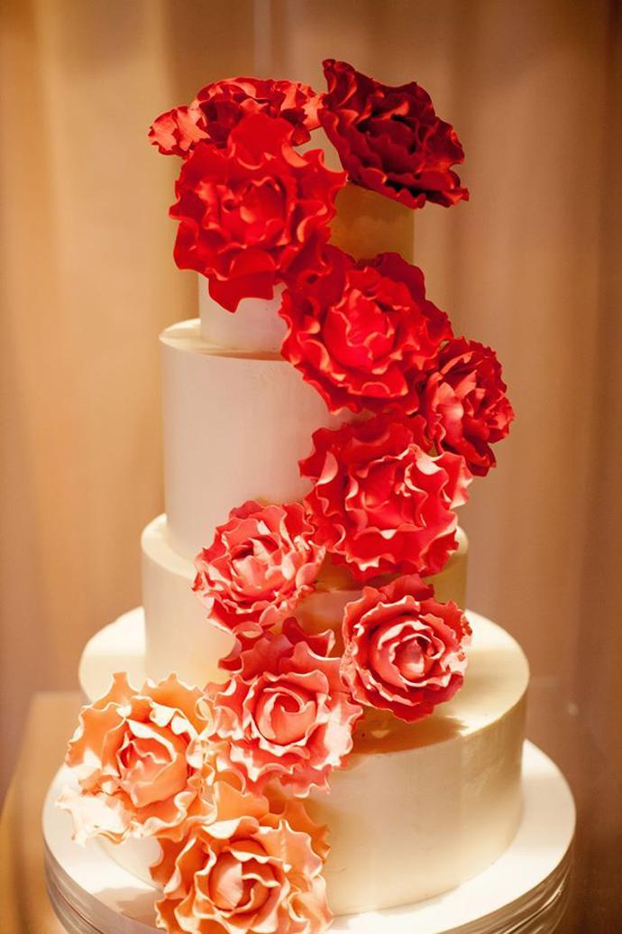 flori rosii-nunta in gradina (12)