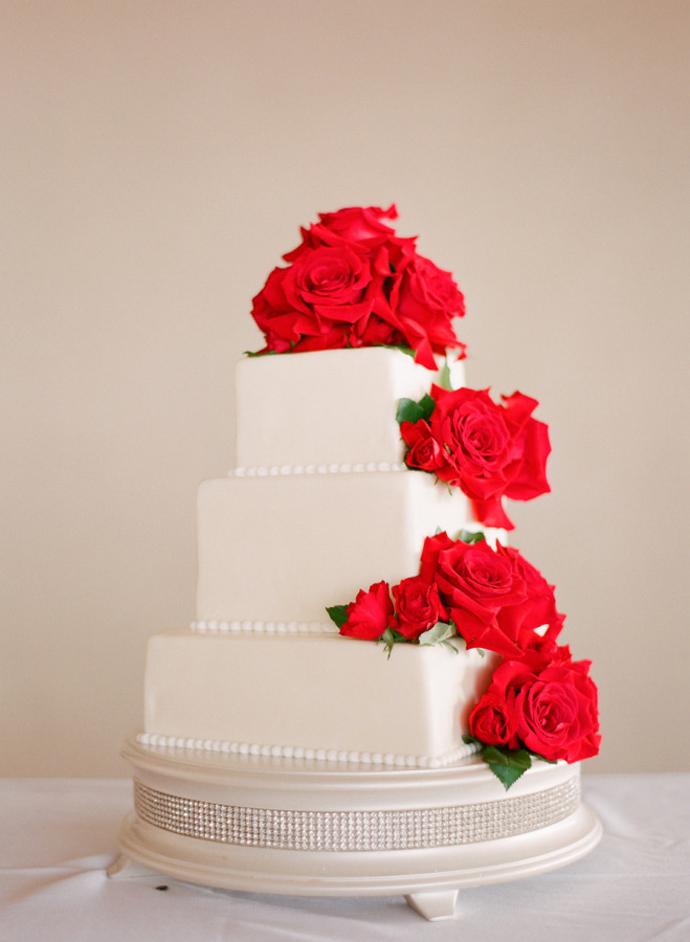 flori rosii-nunta in gradina (16)