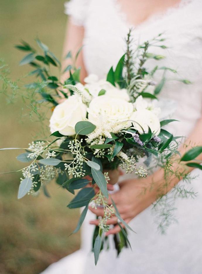 buchete albe-nunta in gradina (2)
