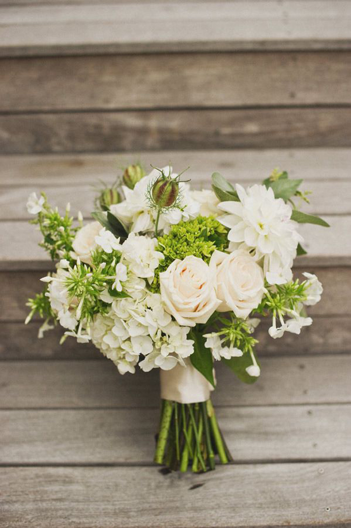 buchete albe-nunta in gradina (8)