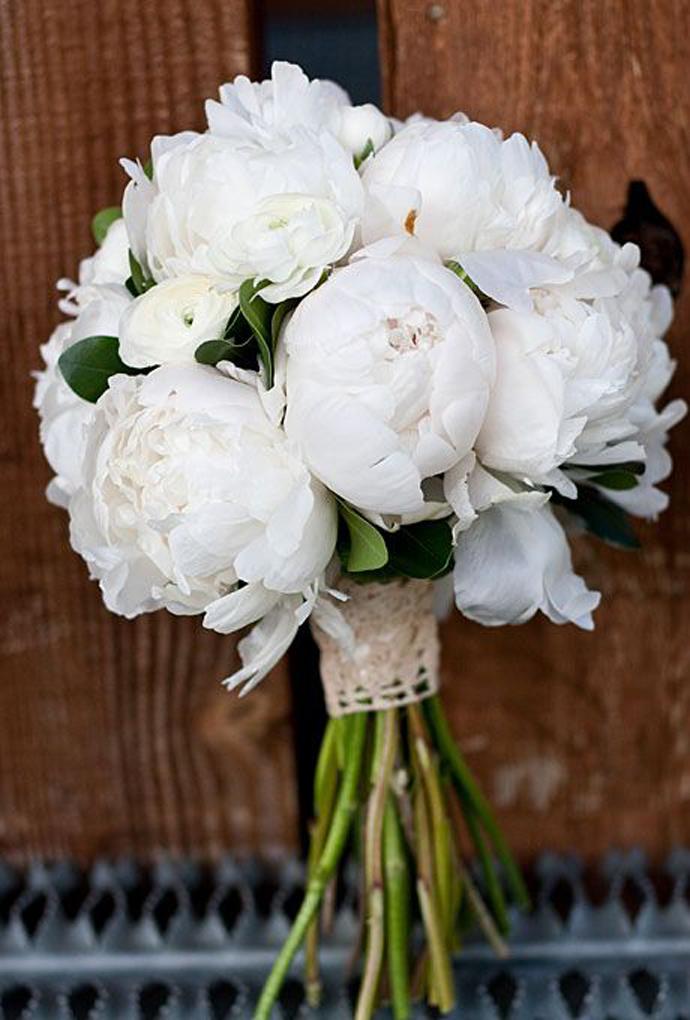 buchete albe-nunta in gradina (9)