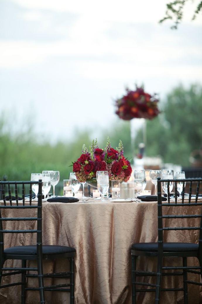 nunta in gradina-buchete rosii (11)