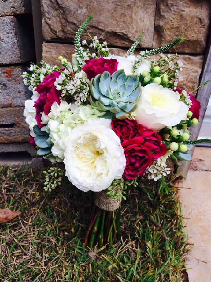 nunta in gradina-buchete rosii (12)