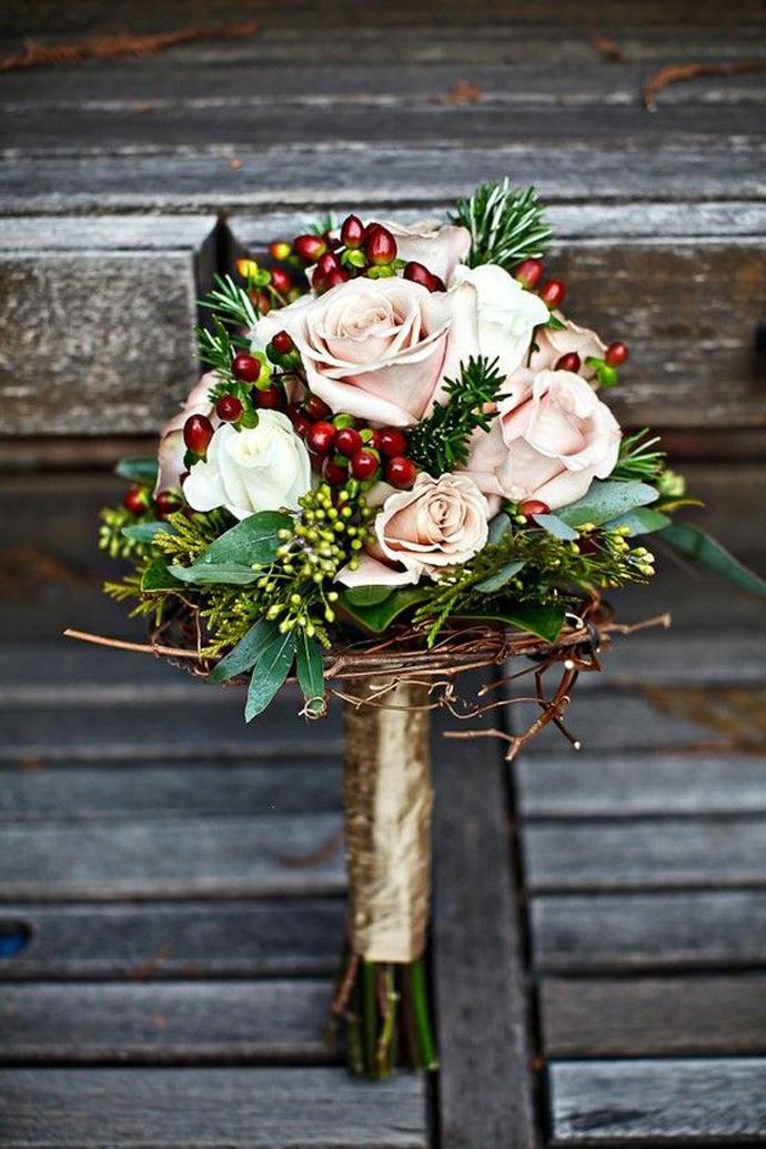 nunta in gradina-buchete rosii (20)