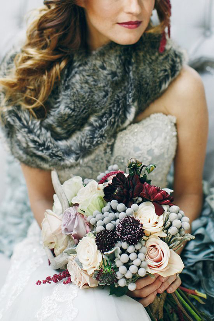 nunta in gradina-buchete rosii (7)