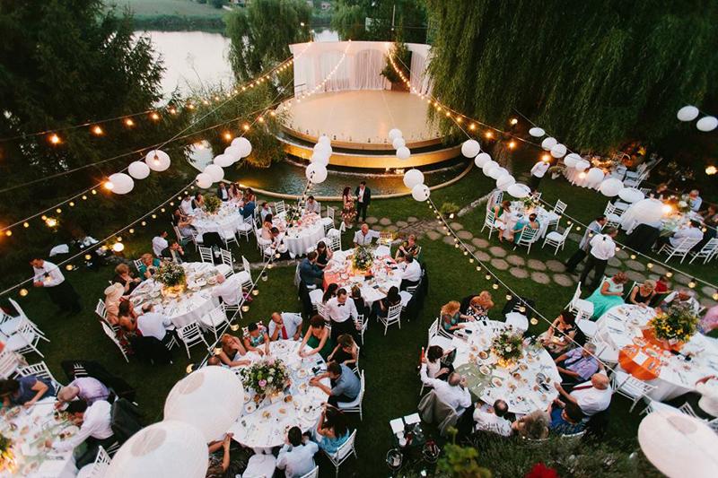 Club Cortina-nunta in gradina (1)
