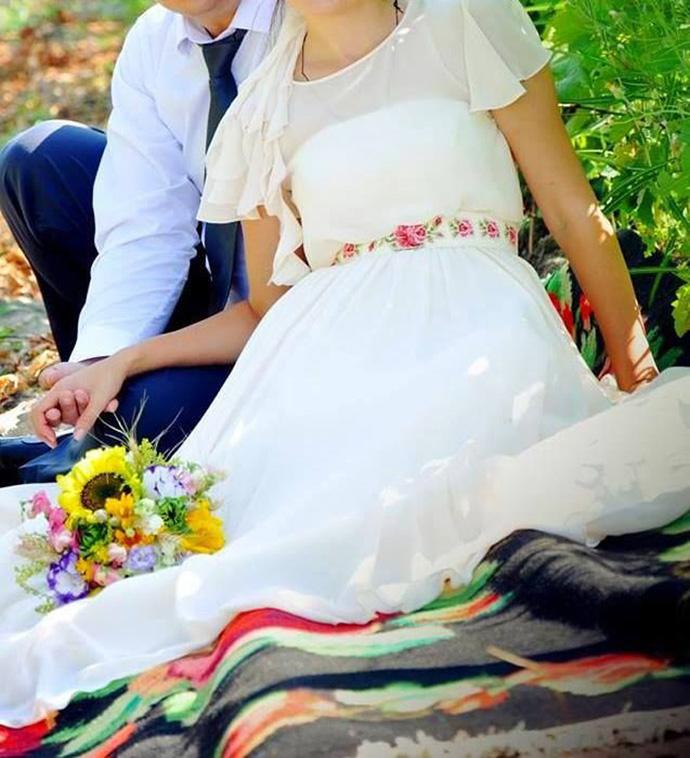 Ia romaneasca-nunta in gradina-poze (21)
