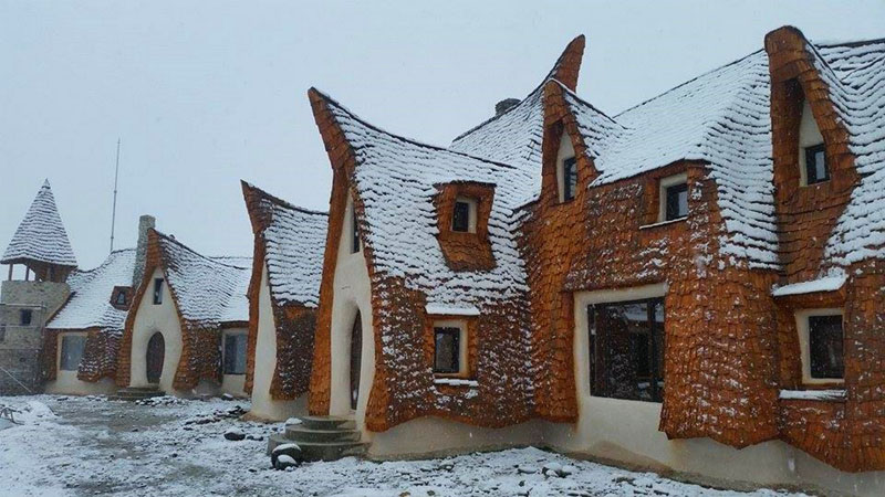 romanian-fairy-tale-lodge-designrulz (17)