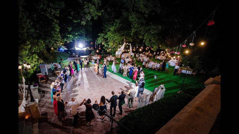 conacul Polizu-nunta in gradina (8)