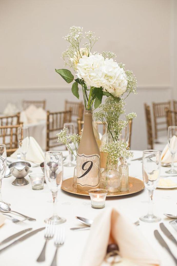 sticla vin numar de masa nunta in gradina (12)