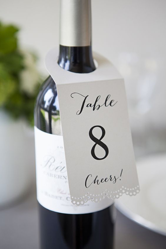 sticla vin numar de masa nunta in gradina (18)
