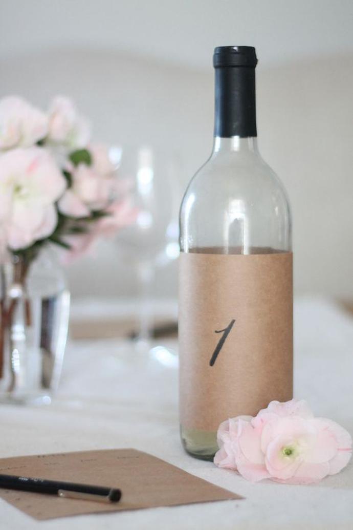 sticla vin numar de masa nunta in gradina (22)