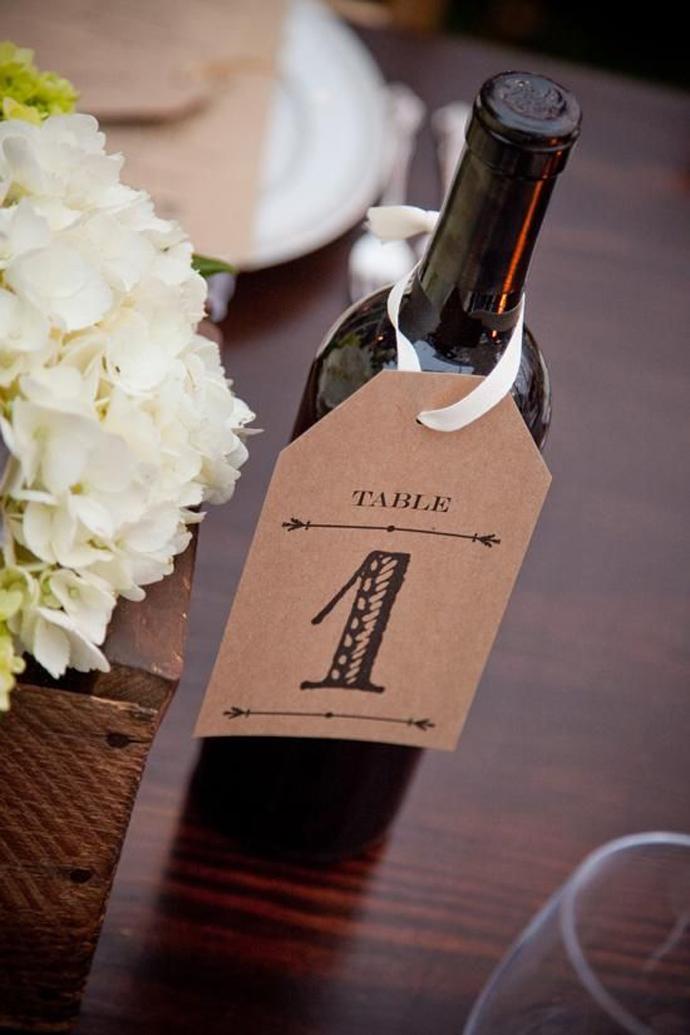 sticla vin numar de masa nunta in gradina (4)