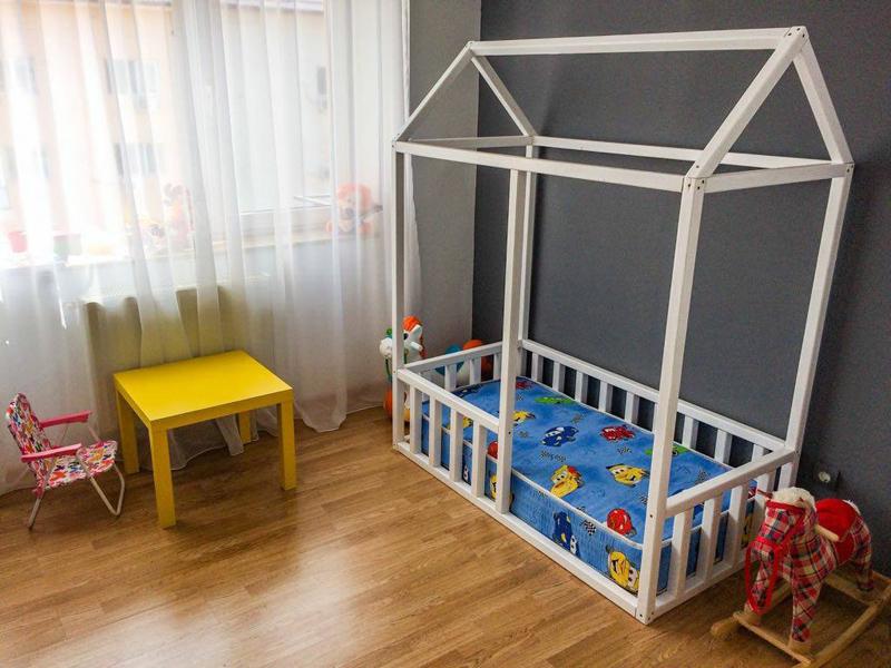 Amenajare Camera Montessori : 7 ateliere care fac jucării și mobilier la comandă pentru copii